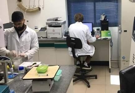 Robson, à frente, faz parte da força-tarefa da Unicamp que começou a realizar testes 100% nacionais para detecção do novo coronavírus. (Foto: Arquivo Pessoal)