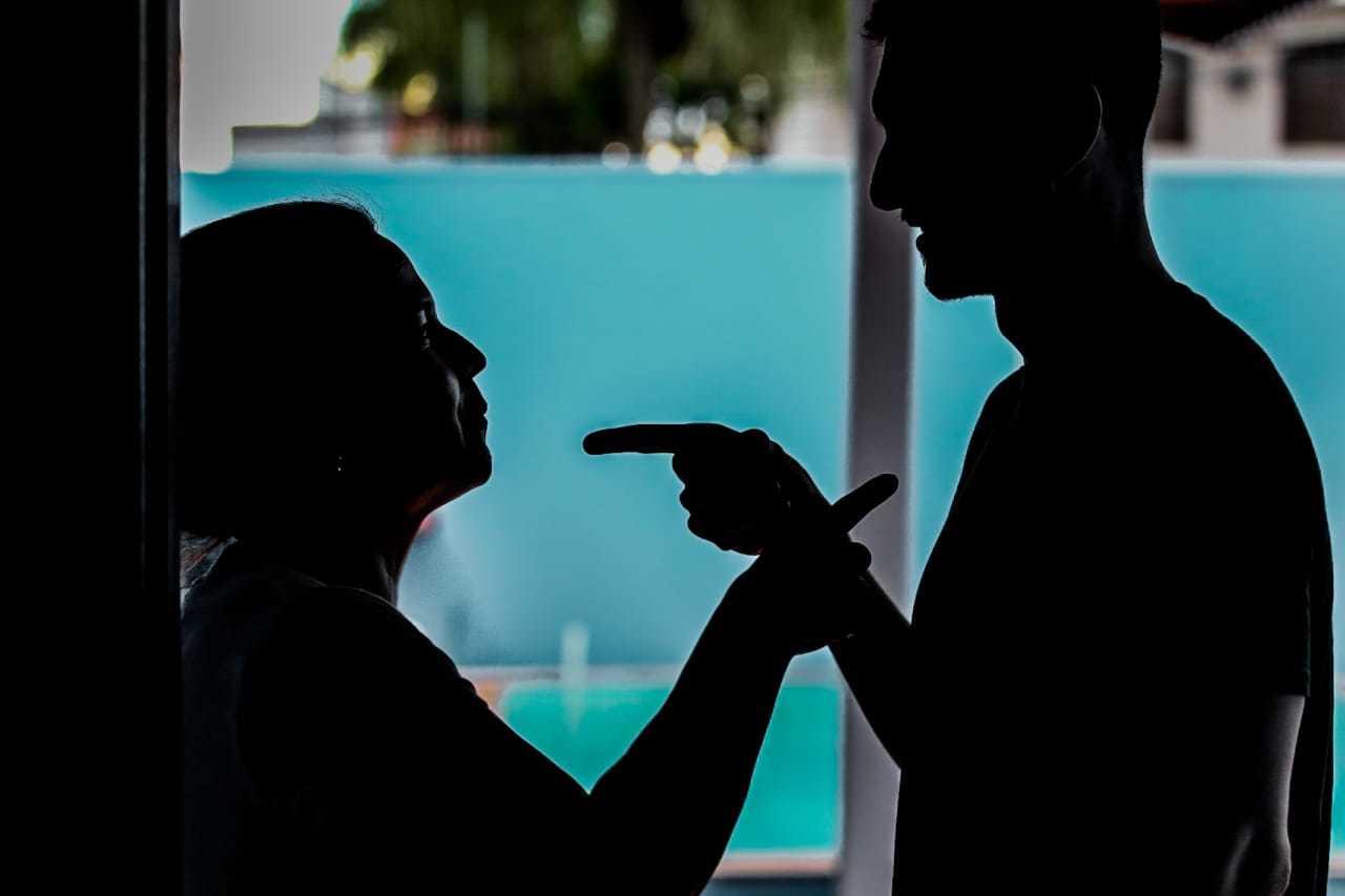Com o isolamento, as discussões entre casais podem aumentar. (Foto: Marcos Maluf)