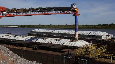 Com nova estrutura, Porto Murtinho vai exportar 20% da soja de MS
