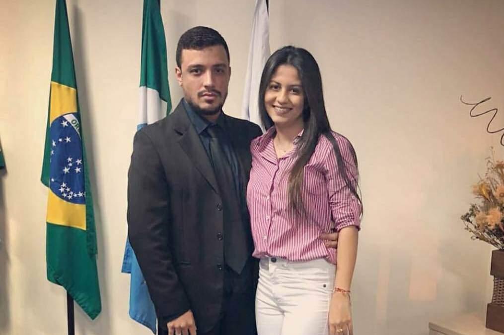 Fernanda e o noivo Gilmar Cezar Junior; casamento adiado, sem data definida (Foto: Arquivo pessoal)