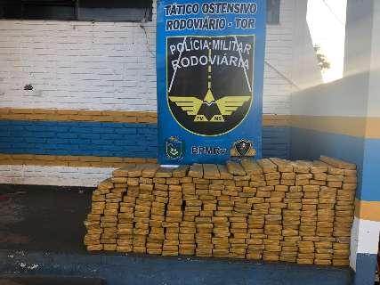 Abordagem com apoio do Bope tem prisão de traficantes com 212 quilos de maconha
