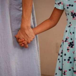 O que fazer quando o pai ou a mãe não respeitam o isolamento?