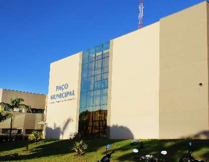 Ação popular tenta barrar empréstimo de R$ 5 milhões para troca de lâmpadas