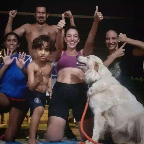 """Família cria """"chalenge"""" de exercícios físicos que inclui até cachorro"""