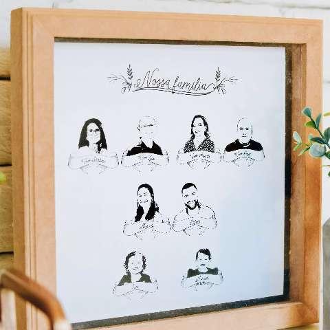 Gravura mantém família por perto e decoração afetiva dentro de casa
