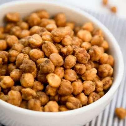 Fácil de fazer, snack de grão-de-bico leva só 3 ingredientes; veja receita