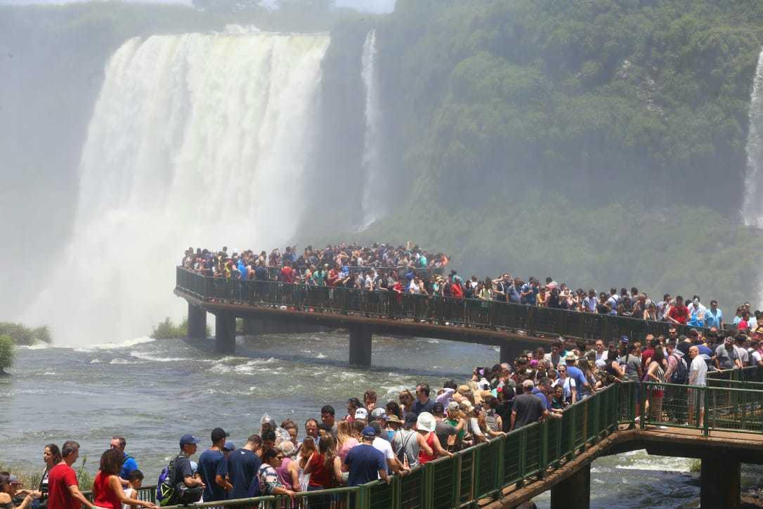 Atrelar Mato Grosso do Sul às Cataratas do Iguaçu, no Paraná, é só uma das possibilidades entre várias. Em 2019 as Cataratas receberam 2 milhões de turistas (Foto: Divulgação)