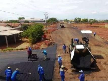 Por R$ 6,8 milhões, prefeitura contrata empresa para obras de asfalto e drenagem