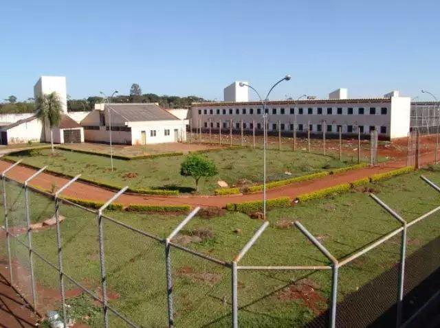 Penitênciária para onde pai e filho foram levados. (Foto: Helio de Freitas)