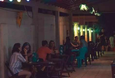 Sem conseguir negociar dívidas, Brava Bar fecha as portas na Capital