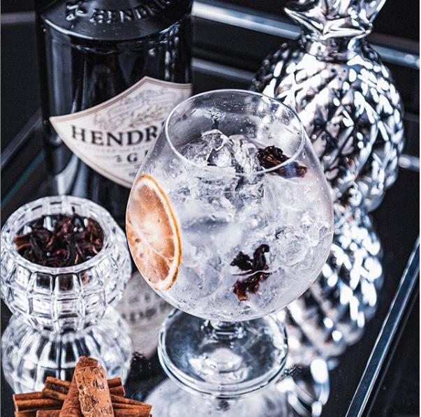 Combo de gin tônica é uma das opções. (Foto: Rise Marketing)
