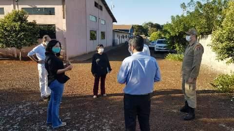 Prefeitura inicia transferência de indígenas com covid-19 para abrigo
