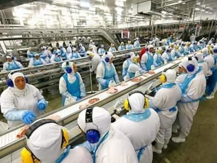 Indústria não parou e hoje tem incidência recorde de covid-19 em MS