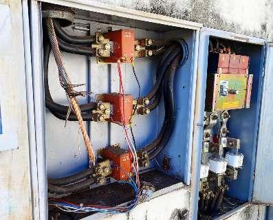 Furto de cabos de energia tira serviços eletrônicos da prefeitura do ar