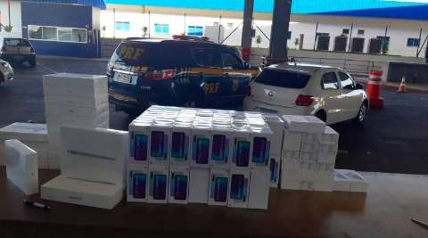 PRF apreende veículo com 160 celulares constrabandeados na BR-163