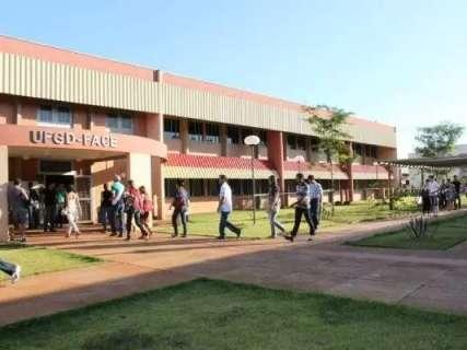 Universidade esclarece dúvidas para evitar notícias falsas sobre pandemia