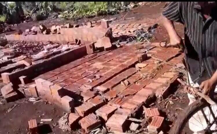 Casa que foi destruída pelo vendaval. (Foto: Divulgação)