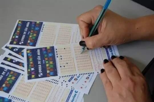 Para apostar, basta marcar de 5 a 15 números dentre os 80 disponíveis no volante (Foto: Campo Grande News/Arquivo)