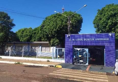 Prefeitura retoma calendário escolar, mas sem 1.400 professores contratados