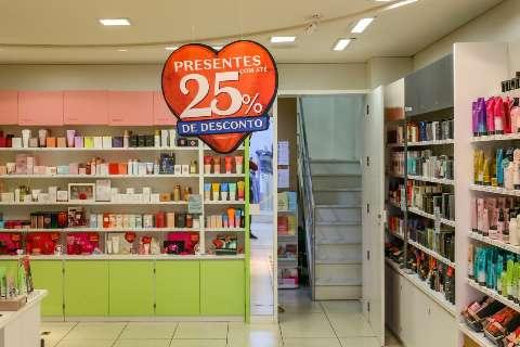 Vendas do Dia dos Namorados em cidades do interior devem cair mais de 50%