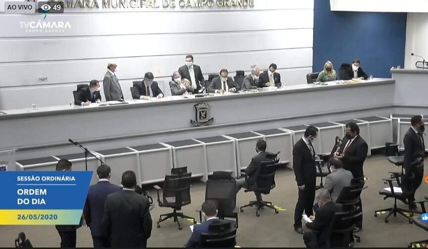 Vereadores durante votação na Câmara Municipal (Foto: Reprodução - Facebook)