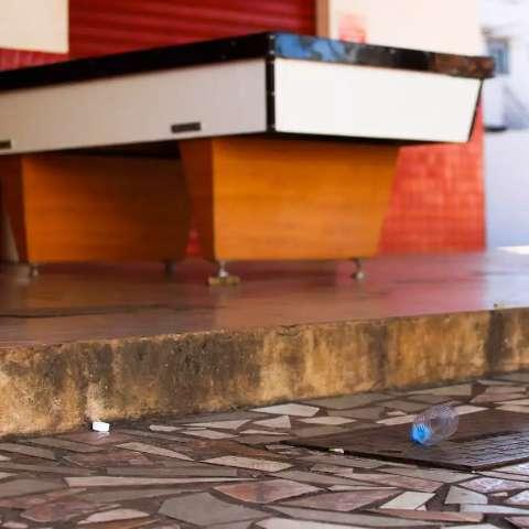 Sem universitários, bares da região do Escobar correm risco de fechar
