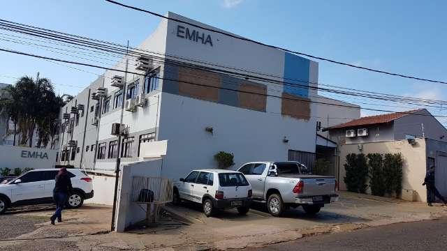 Juiz condena Prefeitura a indenizar dono de lote que virou casa popular