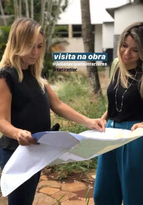 Diretora ao lado da arquiteta Juliana Viganó que, junto com mais 4 arquitetos, irá assinar a Casa Cânion.