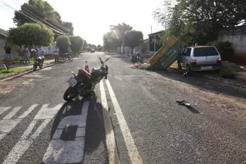 Embriagado e sem habilitação, homem atropela motociclista