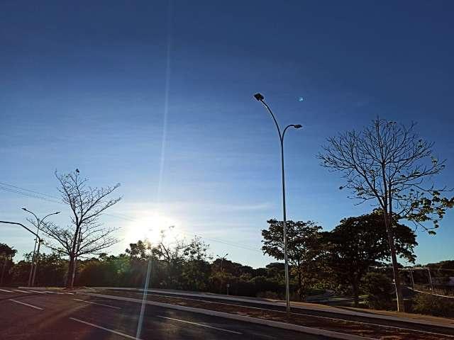 Sábado anuncia último dia seco e quente antes de chuva e frente fria