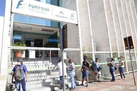 De vendedor a farmacêutico, Funtrab oferece 93 vagas nesta segunda-feira
