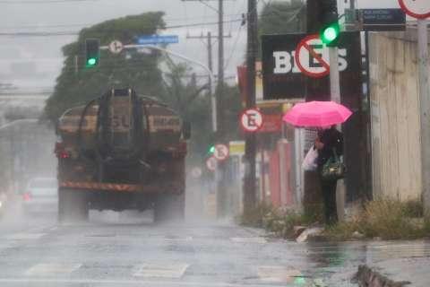 Campo Grande registra 15 milímetros de chuva nesta terça