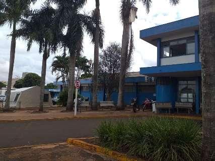 """Conselho encontra pacientes """"misturados"""" e falta de materiais em hospital"""