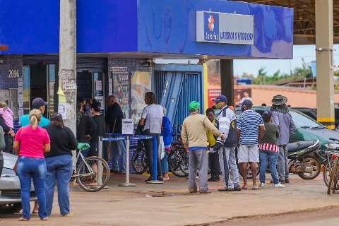 No São Conrado, papo do dia é saber quem é novo milionário de lotérica pé-quente