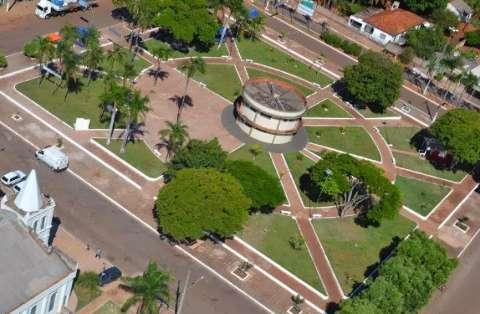 Cidade que já foi epicentro da covid, Guia Lopes começa a flexibilizar medidas