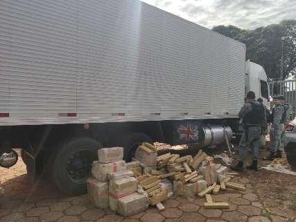 Choque apreende 659 kg de maconha em caminhão no São Conrado
