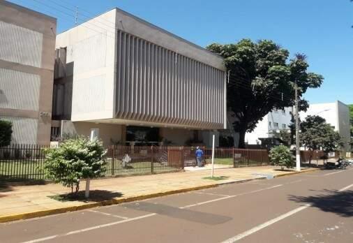Prédio da 4ª Câmara Cível de Dourados, onde processo foi concluído (Foto: TJMS)