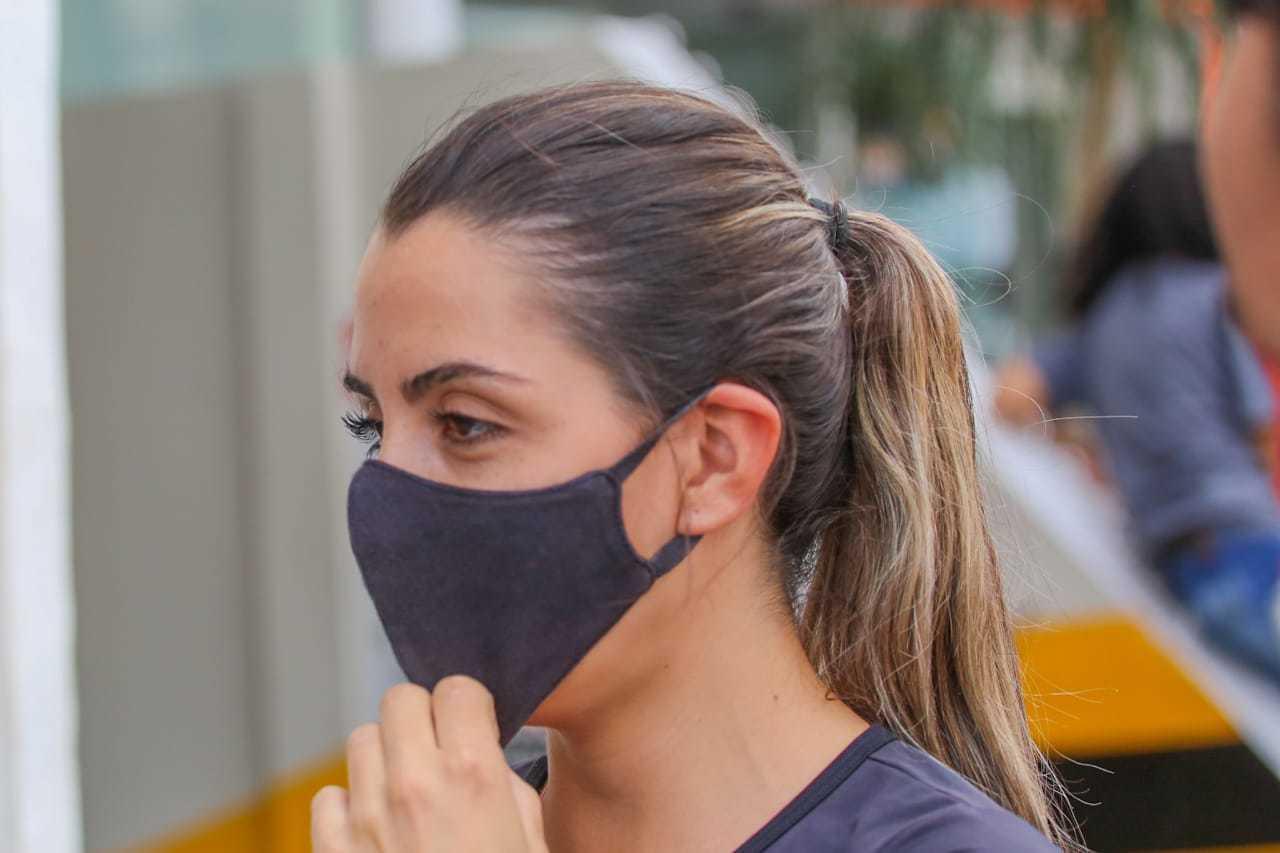 Claudinei utilizou o intervalo de almoço do trabalho para ir ao banco (Foto: Marcos Maluf)