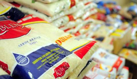 Ministério Público arrecada agasalhos e alimentos durante a pandemia