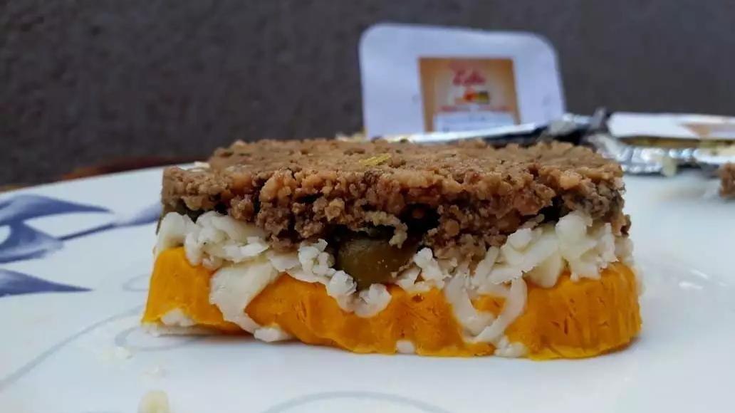 Escondidinho da Mamãe, com carne moída, creme de abóbora e queijo. (Foto: Alana Portela)