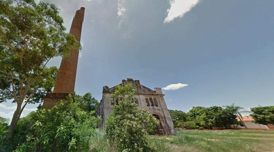 Roteiro turístico em Miranda inclui as ruínas da Usina Açucareira Santo Antônio, marco da época em que o município fundado em 1778 foi polo nacional da produção de açúcar (Foto: Reprodução)