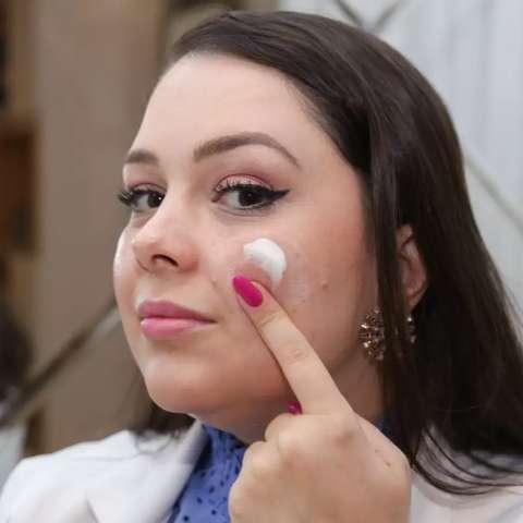 """Se você já chegou na fase """"skin care"""" da quarentena, veja cuidados aqui"""