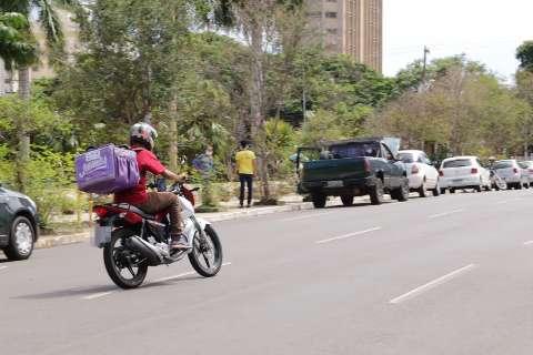 Delivery continua liberado durante toque de recolher