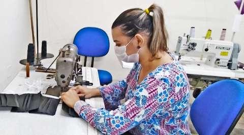 Governo concede benefício fiscal para incentivar fabricação de máscaras