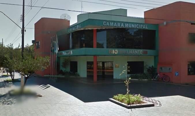 Fachada da Câmara Municipal de Rio Brilhante. (Foto: Google Street View)