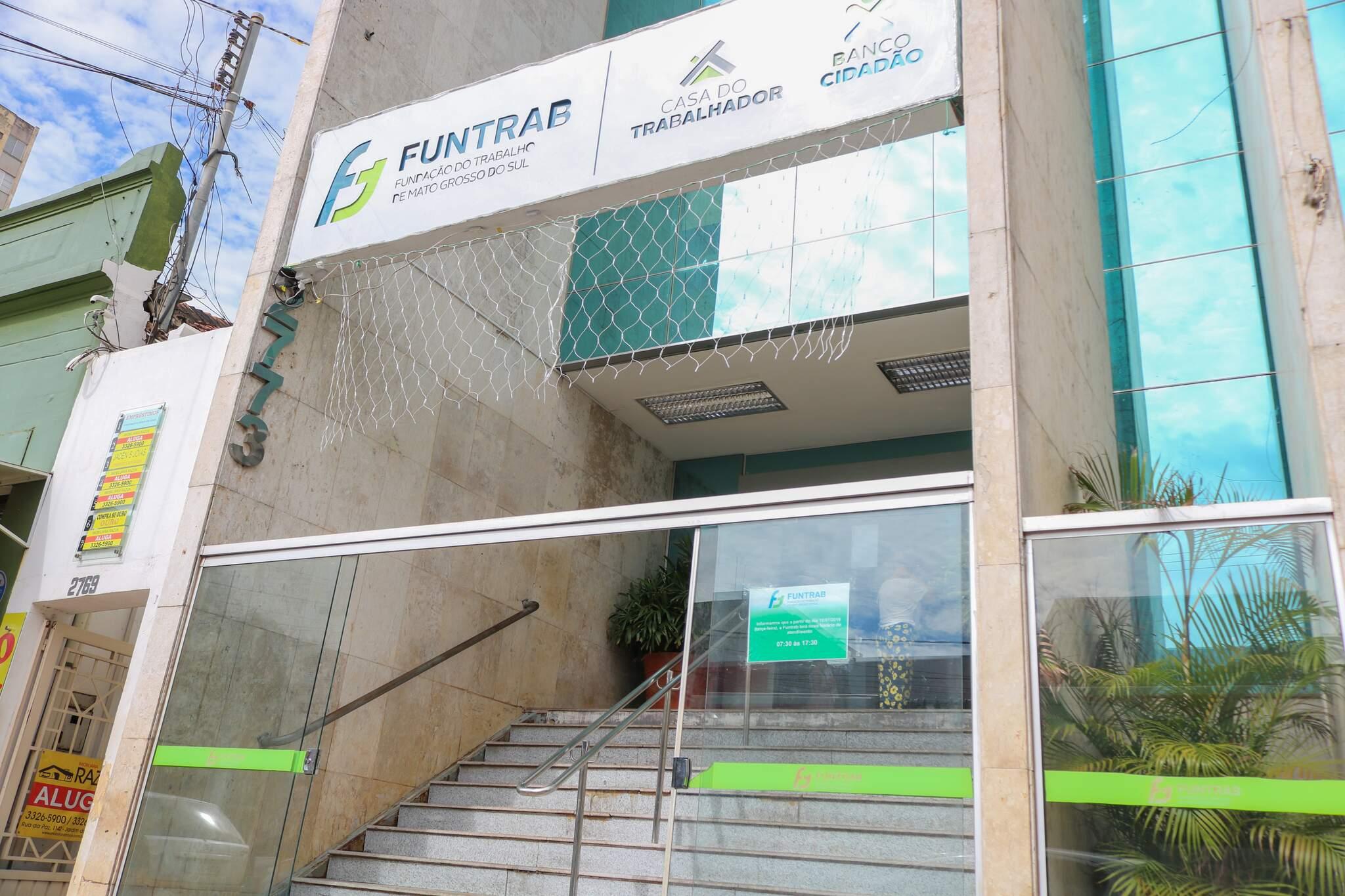 Funtrab está oefercendo 185 vagas de empregos nesta quarta-feira. (Foto: Marcos Maluf)
