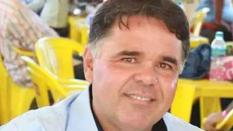 Filha de prefeito aparece na lista de beneficiados do auxílio emergencial