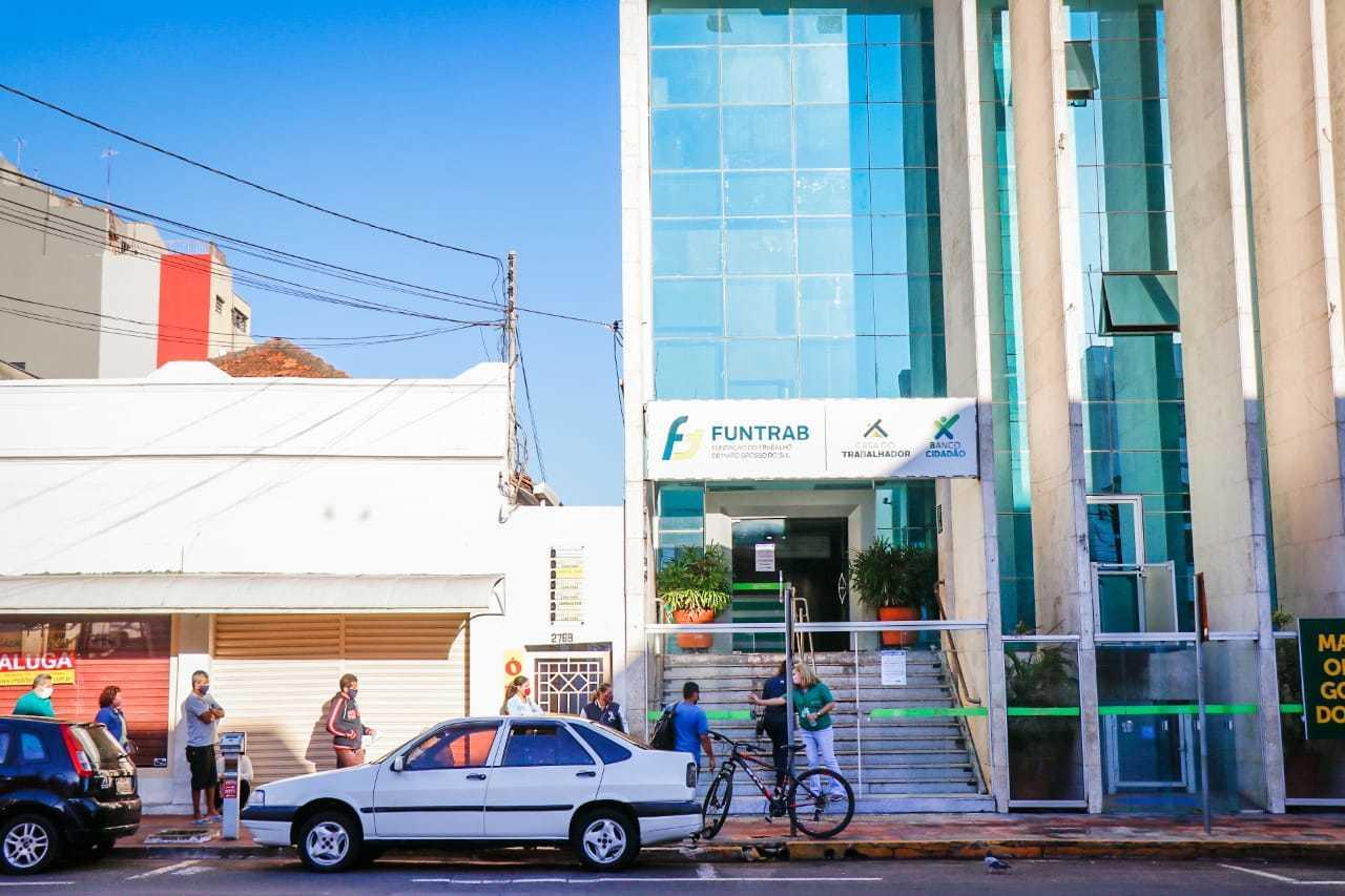 Funtrab está localizada na na Rua 13 de Maio, no centro de Campo Grande. (Foto: Henrique Kawaminami)