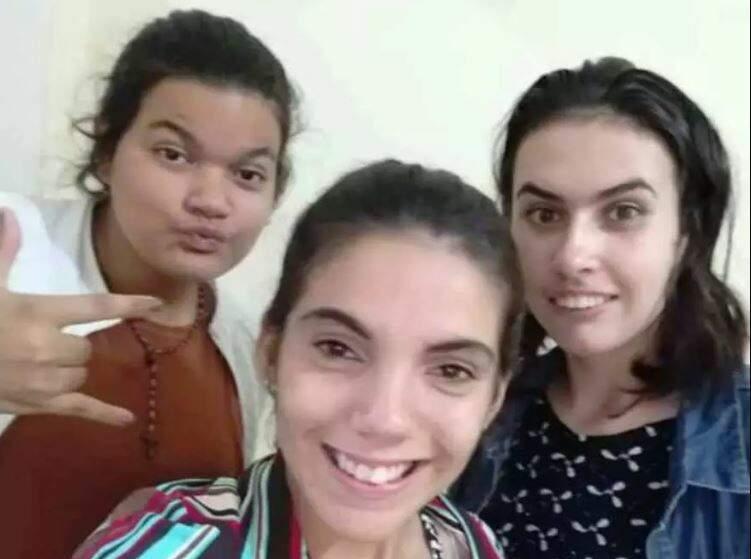 As três adolescentes que fugiram do abrigo. (Foto: Divulgação)