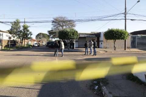"""Quem matou Carla quis dar """"recado"""", indicam circunstâncias do crime"""
